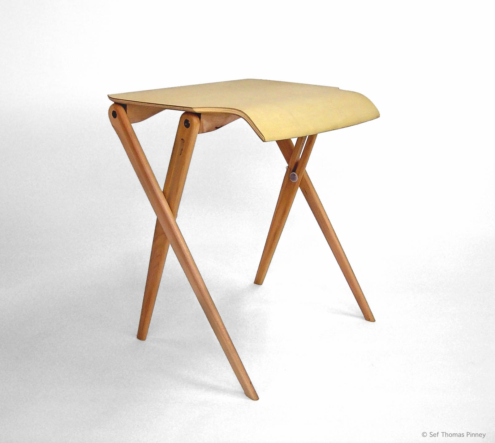 Epi_Side_Table_Iso_1600